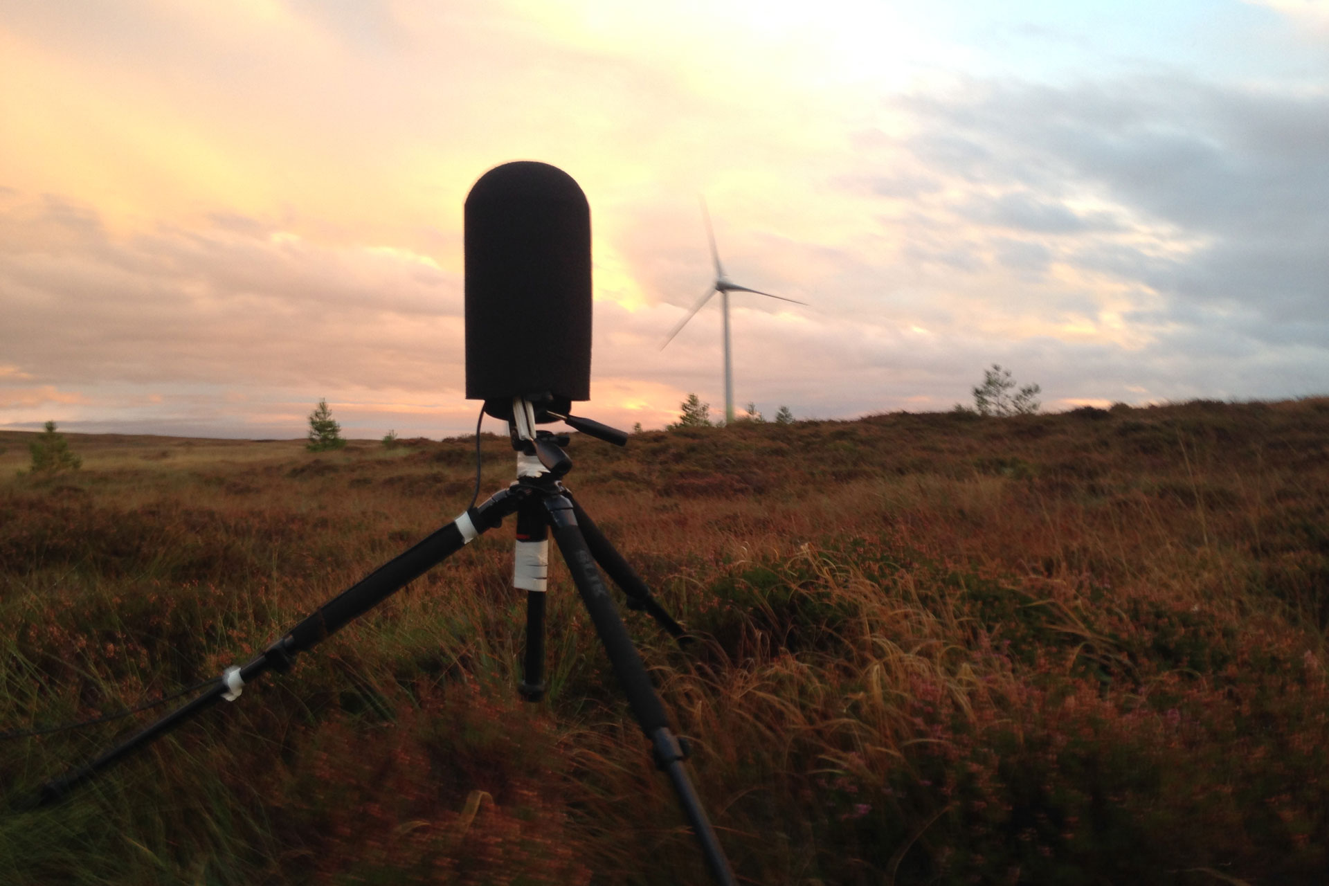 Measurement of wind turbine noise